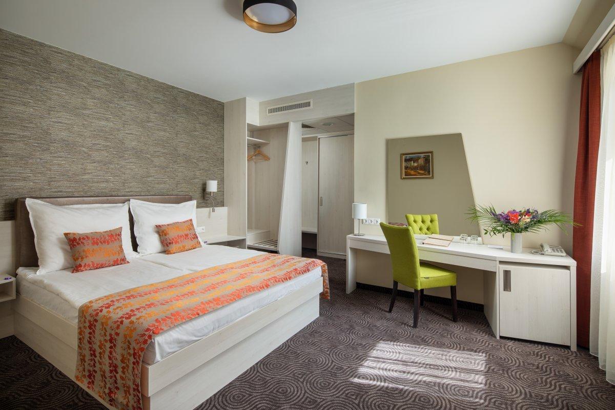 2 ágyas szuperior szoba